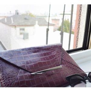 BCBG Handbags - BCBG clutch