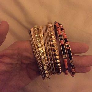 Jewelry - GOLD BANGLES ⭐️