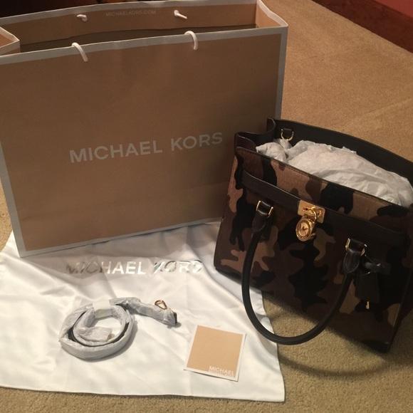 9be99487e54e8c Michael Kors Bags | Flash Sale Nwt Camo Hamilton | Poshmark
