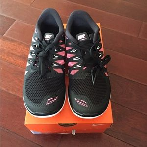 nike shoes 65$ airfare prices 833460