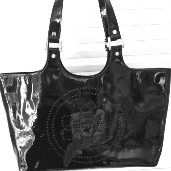 10ed9cc8ea8 Tory Burch black Patent Leather tote bag. M 561fec65620ff7b13a0019fc