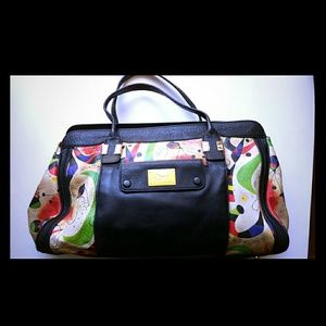 Icon italian leather handbag