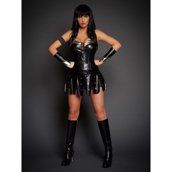 Warrior Halloween Costume  sc 1 st  Poshmark & Fredericku0027s of Hollywood Dresses | Warrior Halloween Costume | Poshmark