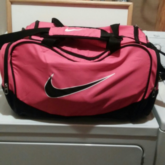 Nike Bags   Large Duffle Bag   Poshmark 7c0d82d577
