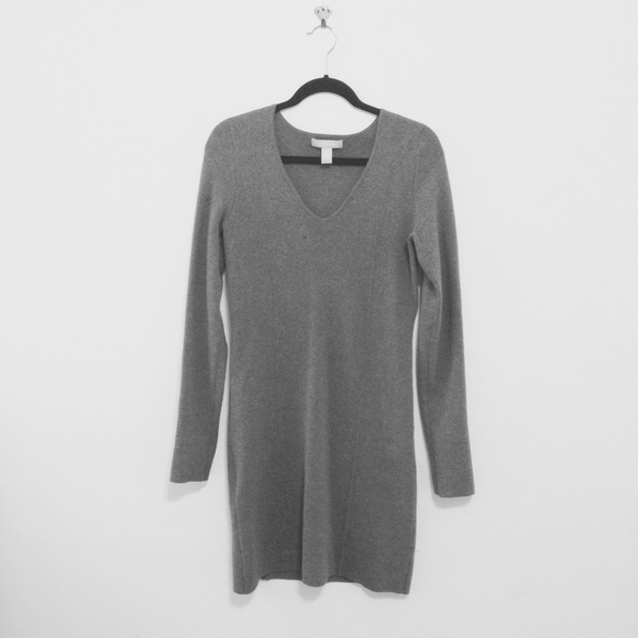 10ae5c1625c Banana Republic Dresses   Skirts - Banana Republic Gray V Neck Sweater Dress