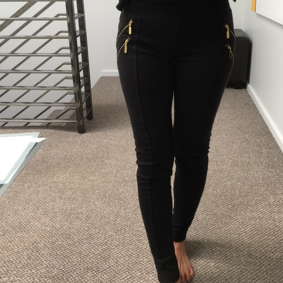 Black Leggings With Gold Zipper