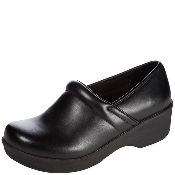 Skid Resistant Non Slip Clog Nurse Shoe