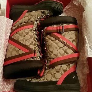 Coach Boots size 6