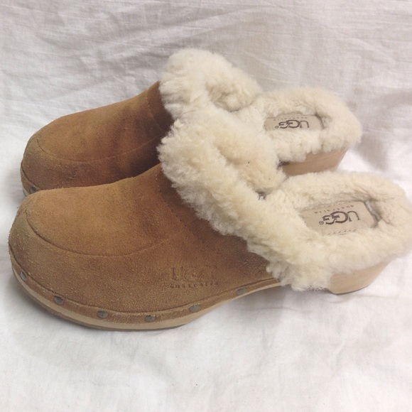 UGG SUEDE FUR LINED CLOGS # 5426 SIZE 7