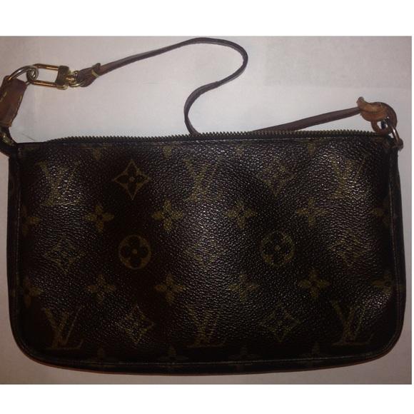 c7e5bd28460 💥BLACK FRIDAY SALE Louis Vuitton POCHETTE access