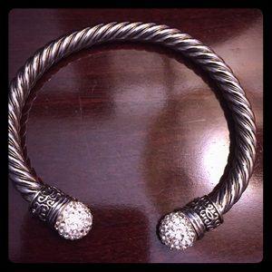 Jewelry - Beautiful bangle.