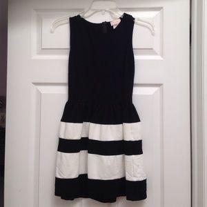 ❗️ FINAL SALE ❗️ Adorable black and white dress