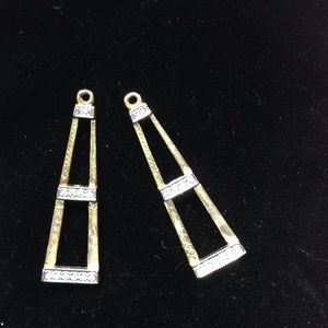 Jewelry - Gold and diamond earrings jackets