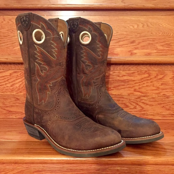 b29d19f1620 PRICE⬇️🍃ARIAT Heritage Roughstock Western Boots NWT