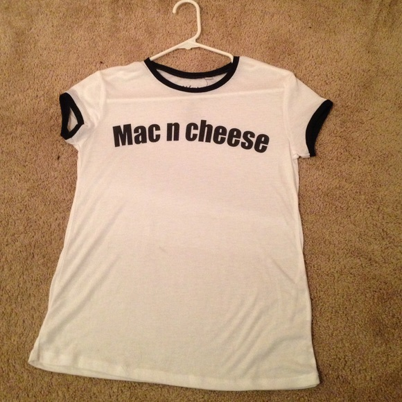 40 off brandy melville tops mac and cheese white black for Cropped white collared shirt