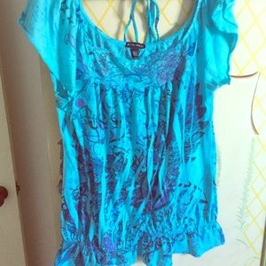 Tops - Blue with design