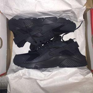 Womens Nike Huarache Black