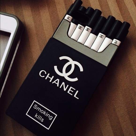 wholesale dealer a3f96 096da Chanel Logo Smoking Kills iPhone 5/5s Case