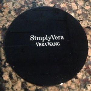 New Vera Wang Illuminating Blush