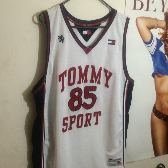 04e293fa08c Vintage Tommy Sport Jersey. M 562296d377adeae49a00e96a