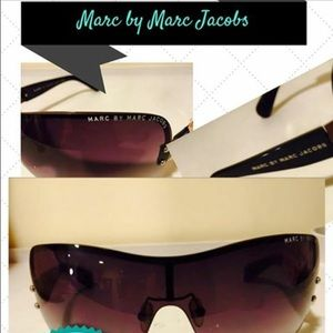 Marc Jacobs Accessories - 💥Marc Jacobs Sunglasses