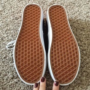 e7ce347068 Vans Shoes - BRAND NEW Navy and Pink Vans women s 8