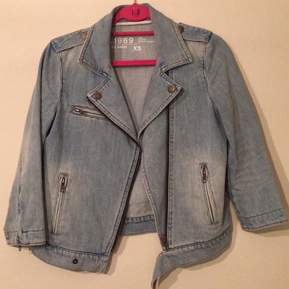 GAP Jackets & Coats - Gap 3/4 Sleeve Denim Moto Jacket Size XS