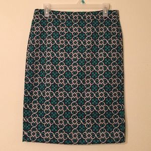 J. Crew Dresses & Skirts - J.Crew Green Medallion Print Pencil Skirt Sz 4
