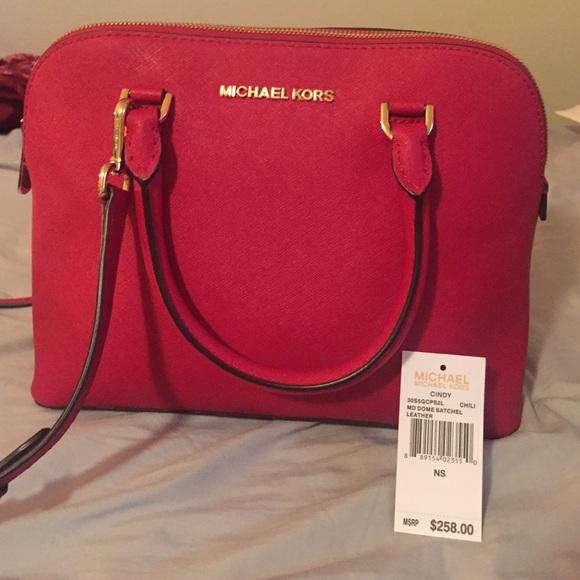 4e8d58e9347689 Michael Kors Bags | Medium Cindy Dome Satchel | Poshmark