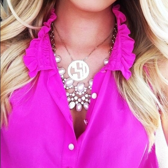 Nicky top in fuchsia pink ruffle collar blouse
