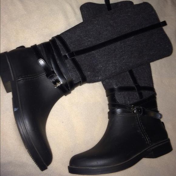 rain boots mens price