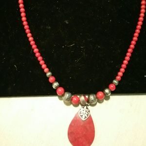 Jewelry - Coral & sterling silver necklace