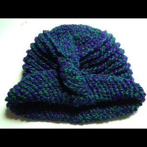 Accessories - Hand made crochet hat