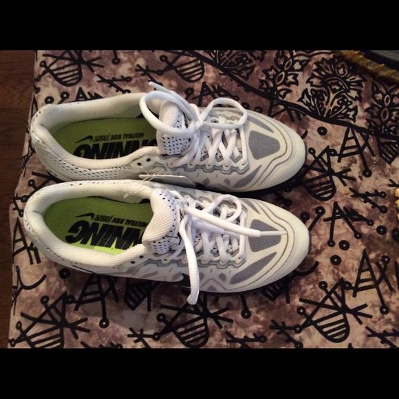 timeless design 84586 14241 ... tenis nike air max 2015 nike shoes nike womens running neutral ride soft  ...
