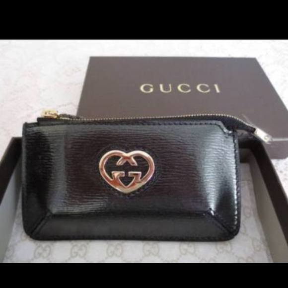 bb39ac3838f New in box Gucci keychain change purse. Black
