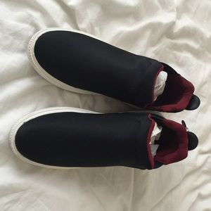 Zara Shoes - Zara slip on mid black