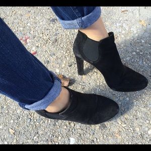 Tahari Shoes - Black suede booties