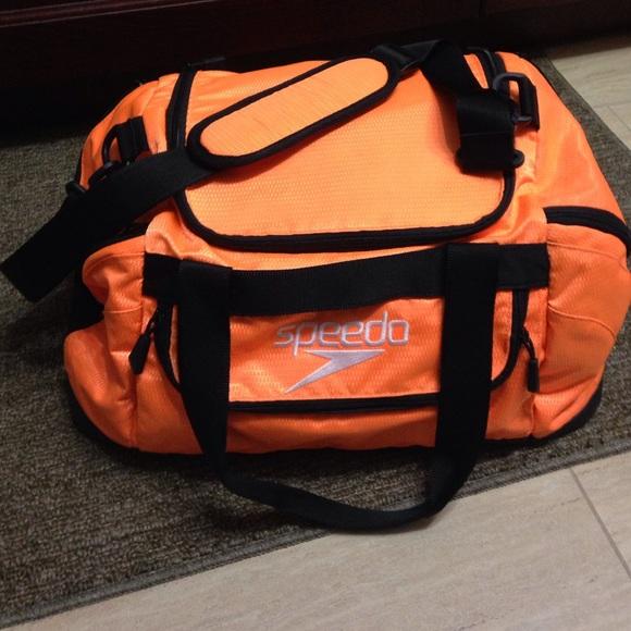 71 Off Speedo Handbags