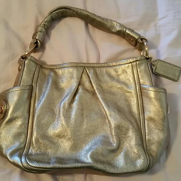 Coach Handbags - COACH  Parker  Metallic Rose Gold Leather Hobo 2606886589a84
