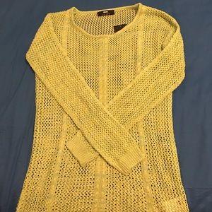 Sweaters - Spring-green net sweater, never worn