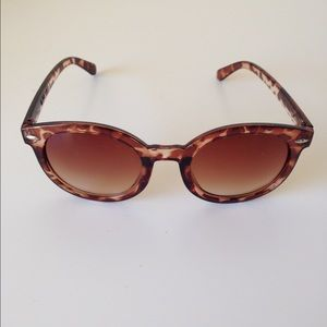 Karen Walker Accessories - round brown sunglasses