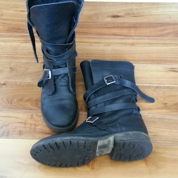 724f775ccc2 Steve Madden  Banddit  Boots (Size 8). M 5623eed841b4e08bbb002575