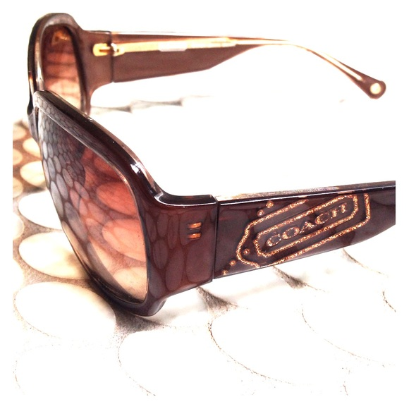 203e478a44 ... sale light brown coach sunglasses with side detail. 755b9 73f95
