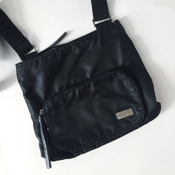 0bacd1fcef26 Kenneth Cole Reaction Handbags - ⚫️Kenneth Cole Reaction nylon crossbody.
