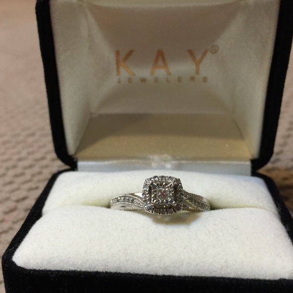 348f6062c Kay Jewelers Jewelry - SALE Kay Silver 925 Diamond Promise Ring SIZE 6.5