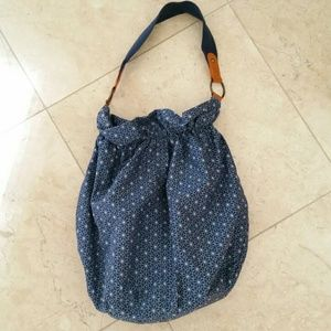 Handbags - Navy Floral Purse