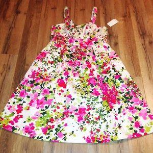 Jessica Howard Dresses & Skirts - 🎉HP 5-11-16🎉 Jessica Howard retro floral dress