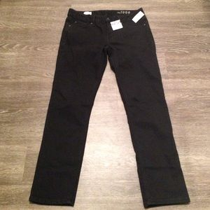 GAP Real Straight NWT Black Jeans - Size 29s