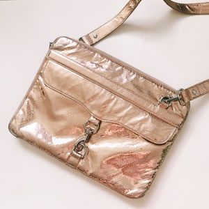 Rebecca Minkoff Handbags - Rebecca Minkoff Rose Gold Metallic MAC Laptop Bag
