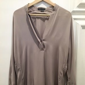 Vince Tops - Vince silk blouse
